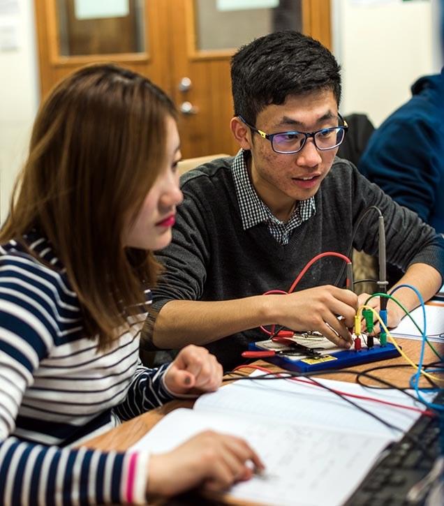 Students in EEE lab.jpg